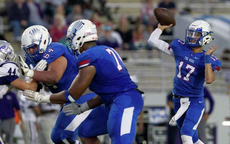 Oak Ridge quarterback Blane Romero, shown here last month against Klein Cain, threw three touchdown passes Friday night against Conroe. Photo: Jason Fochtman, Houston Chronicle / Staff Photographer / © 2018 Houston Chronicle