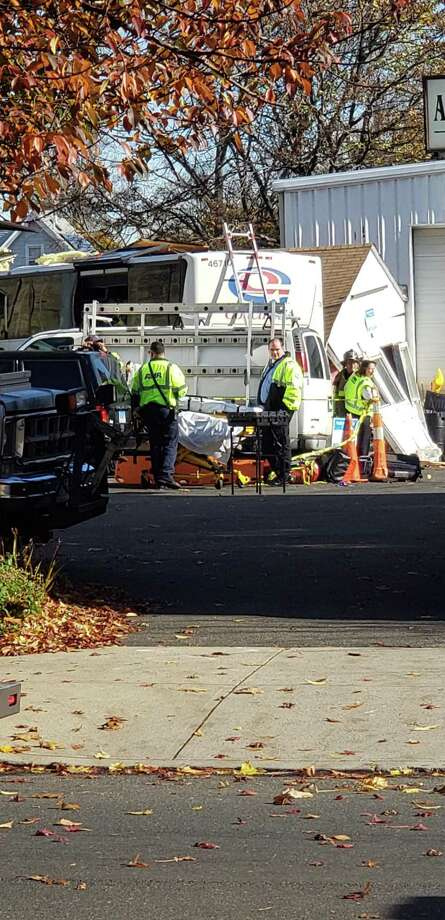 Five people were injured on Saturday when a bus crashed with Princeton students into a West Haven building to play the school with Yale. Photo: CT News Alert - Facebook