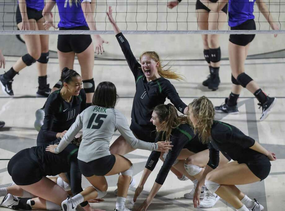 Kingwood Park #1 Katey Searcy (center) leads her team celebrating after defeating Friendswood in the final of the UIL Girls Regional III 5A Volleyball Championship Tournament Saturday, Nov. 10, 2018, in Houston. Photo: Steve Gonzales, Houston Chronicle / Staff Photographer / © 2018 Houston Chronicle