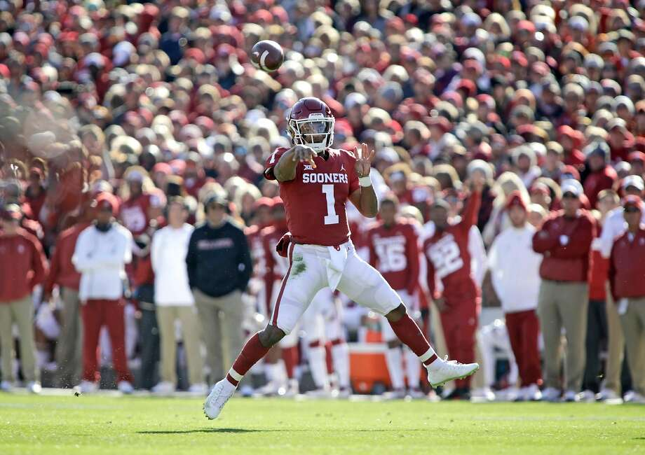 Oklahoma wuarterback Kyler Murray threw for 349 yards Saturday in a 48-47 win over Oklahoma State. Photo: Brett Deering / Getty Images