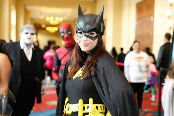 """San Antonio fans hit JW Marriott San Antonio Hill Country Resort & Spa to see stars of """"Justice League"""" and """"Stargate: Atlantis"""" during Celebrity Fan Fest Saturday, Nov. 10, 2018."""