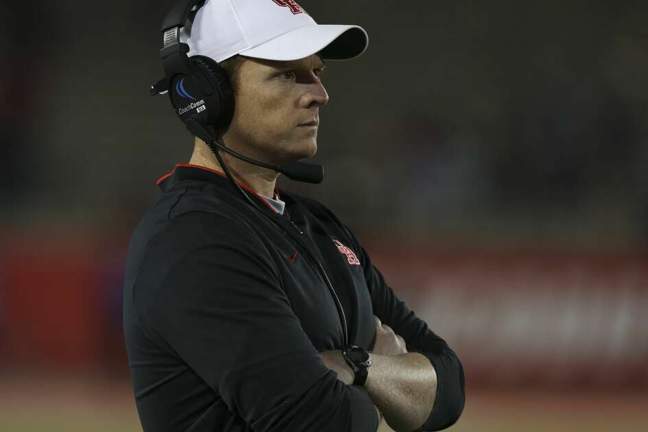 Houston Cougars head coach Major Applewhite watches the game against the Temple Owls during the second half at TDECU Stadium on Saturday, Nov. 10, 2018, in Houston.