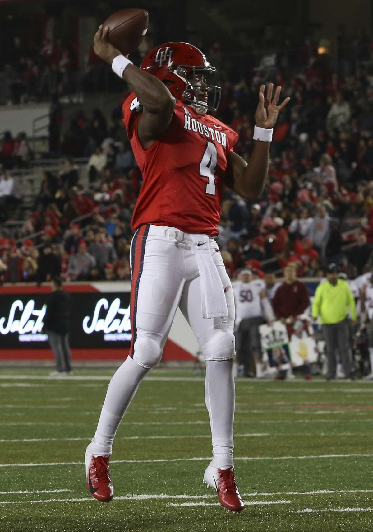 Houston Cougars quarterback D'Eriq King (4) throws a pass to the end zone during the first half of the game Temple Owls at TDECU Stadium on Saturday, Nov. 10, 2018, in Houston.