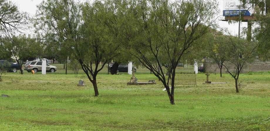 Una vista de la esquina noreste del Cementerio de la Ciudad de Laredo podría ser utilizada como área para veteranos. Photo: Danny Zaragoza /Laredo Morning Times / Laredo Morning Times