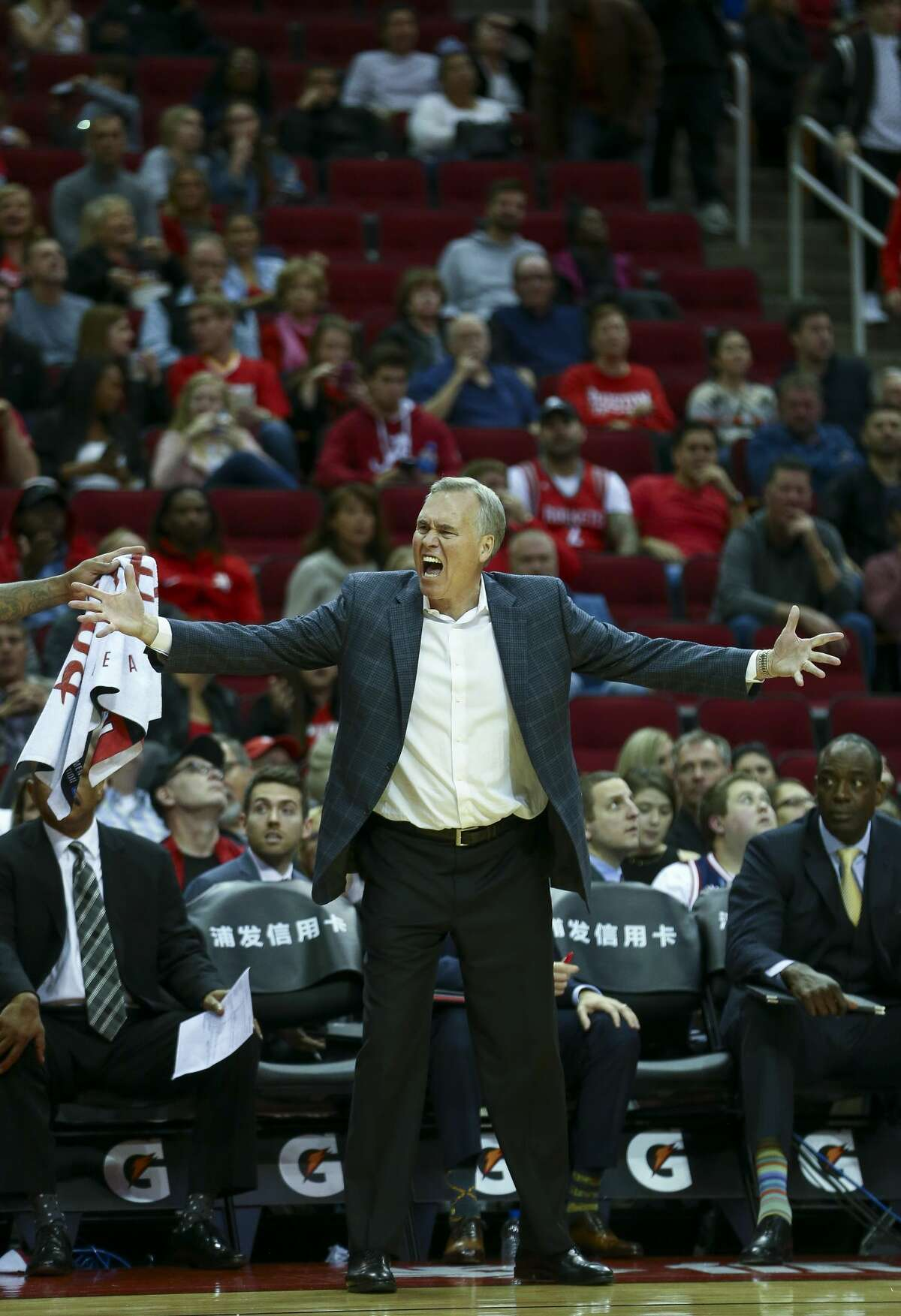 Houston Rockets head coach Mike D'Antoni reacts after a call made against the Rockets during the third quarter of the NBA game against the Indiana Pacers at Toyota Center Sunday, Nov. 11, 2018, in Houston. The Rockets won 115-103.