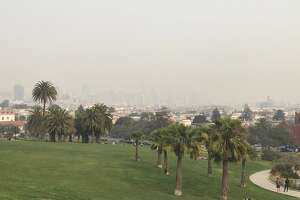 Dolores Park is empty on Nov. 11, 2018, as smoke from the Camp Fire pours into San Francisco.