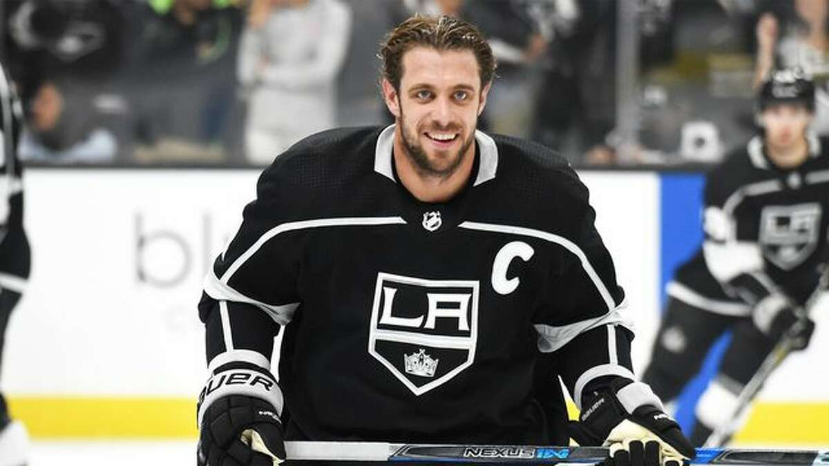 L.A. Kings Star Anze Kopitar Renting Out Made-Over Manse in ...