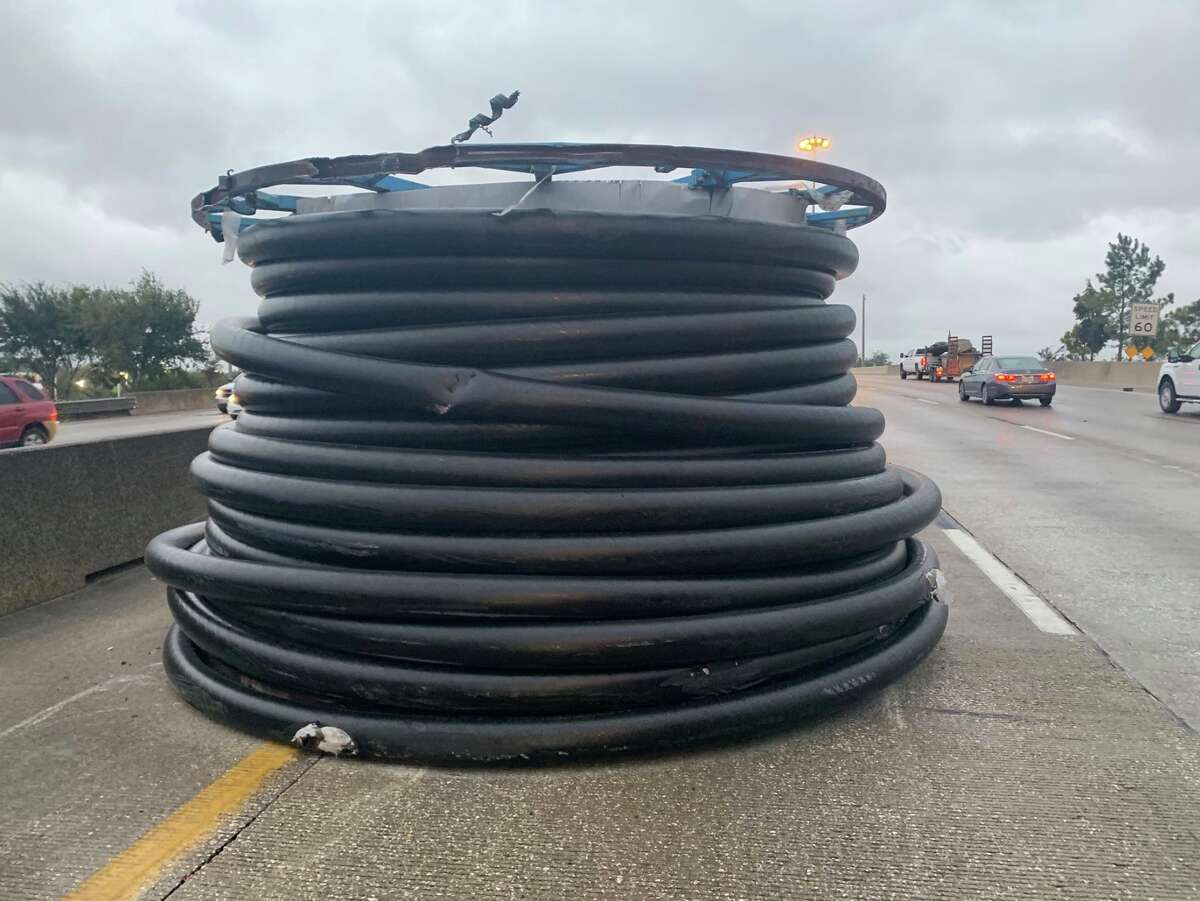 So far in 2018, Houston drivers had had to dodge loose spools on freeways three different times. In October and November, two different spools were accidentally let lose at I-10 and Wayside. Drivers were shocked when they saw another spool making its way down 610 and Kirby in December.