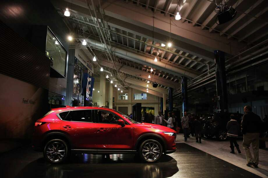 Is it better to buy your new-to-you car in-person or online? If you're in the Seattle area, keep clicking to see the top five cars to buy online and save, according to iSeeCars.com... Photo: GENNA MARTIN, SEATTLEPI.COM / SEATTLEPI.COM
