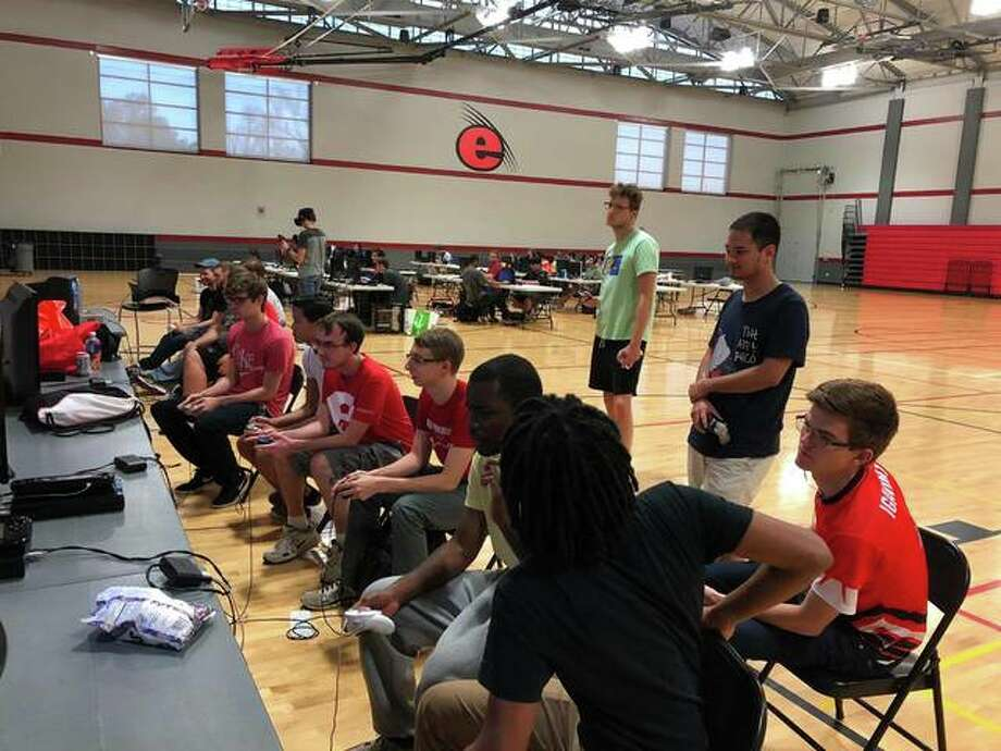 SIUE Esports teams in the Student Fitness Center compete in a recent tournament. Photo: For The Intelligencer