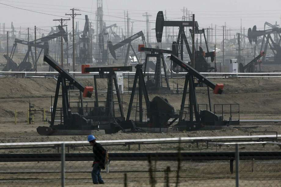 Kern River Holding Inc., operates wells in the Kern River Oil Field in California. Shown are pumpjacks operating in the field in 2015. Photo: Jae C. Hong /AP / ONLINE_YES