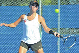 Edwardsville senior Abby Cimarolli earned All-SWC honors in doubles with partner Natalie Karibian.