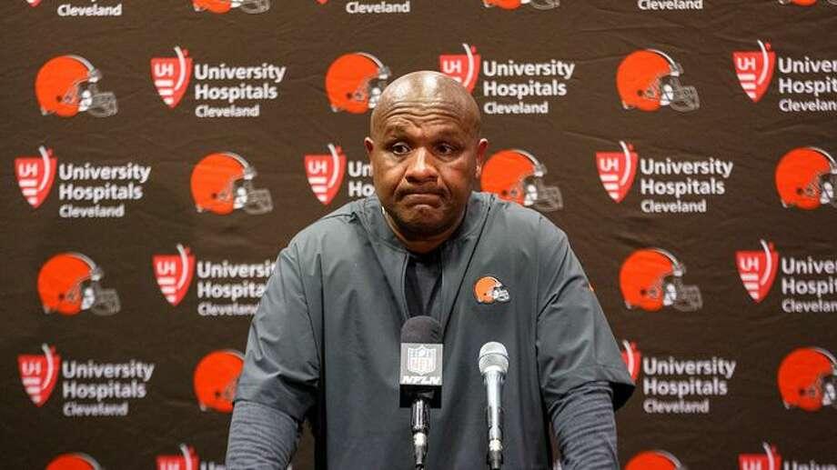 Ex-Oakland Raiders coach Hue Jackson having tough time selling Ohio home
