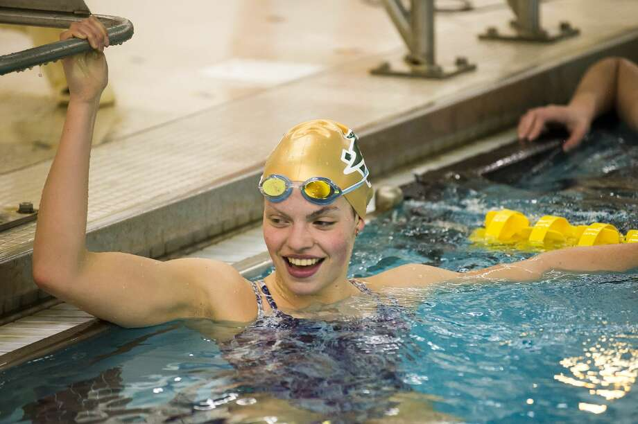 Claire Newman smiles during the Dow High School girls' swim team's practice session on Tuesday, Nov. 13, 2018 at the school. (Katy Kildee/kkildee@mdn.net) Photo: (Katy Kildee/kkildee@mdn.net)