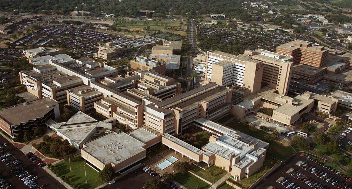 UT Health San Antonio's Multispecialty and Research Hospital would aim to fill region's cancer needs and would partner with the University Health System.