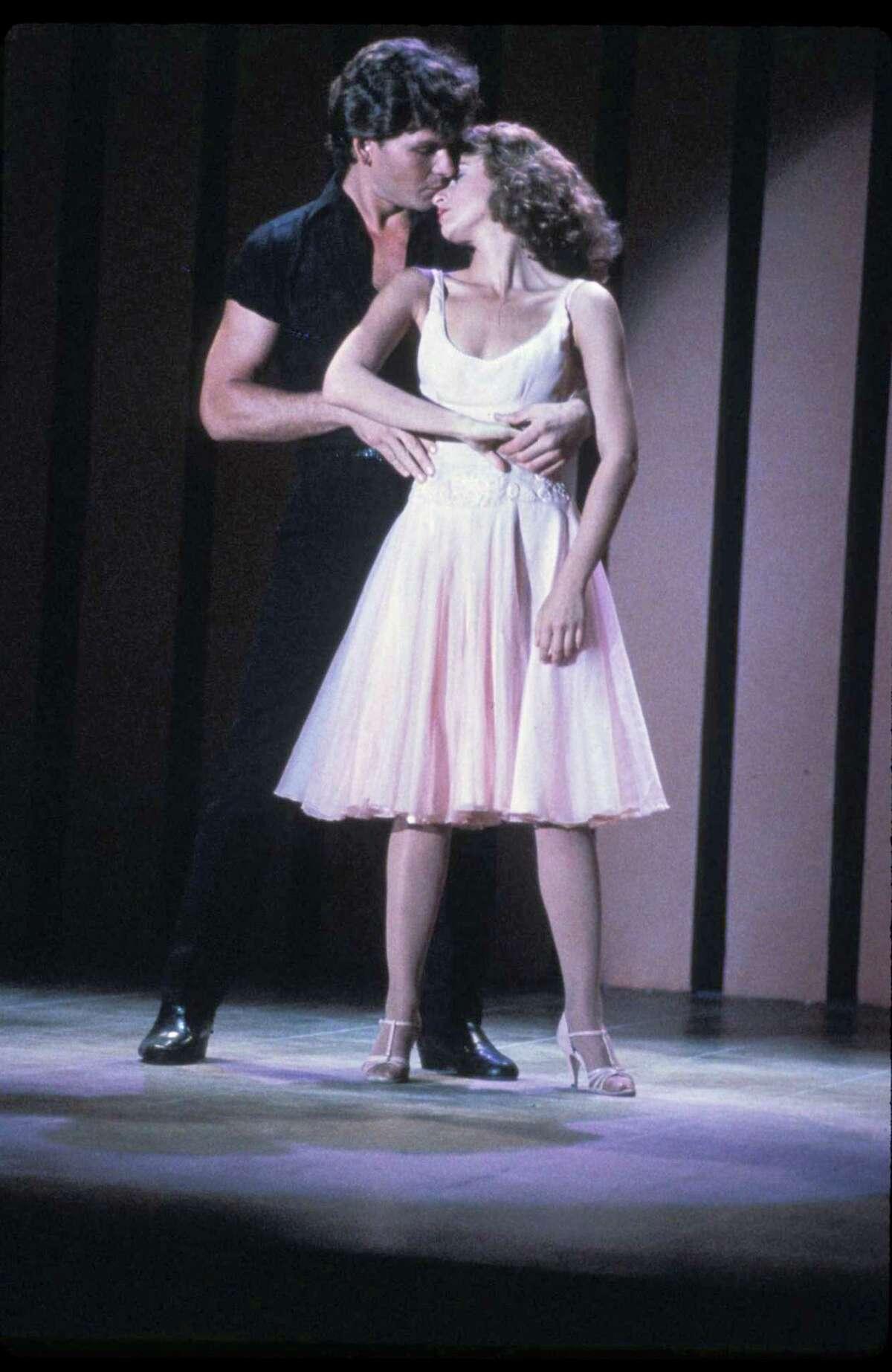 Jennifer Grey (Baby Houseman) and Patrick Swayze (Johnny Castle) in