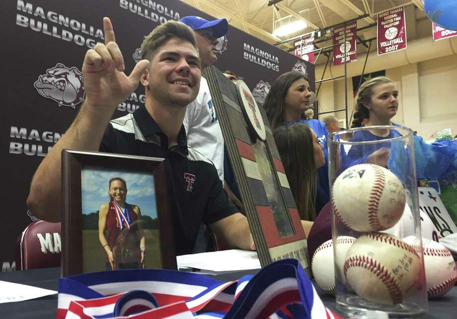 Bo Willis is seen after signing to play baseball for Texas Tech during a national signing day ceremony at Magnolia High School, Wednesday, Nov. 14, 2018, in Magnolia. Photo: Jason Fochtman, Houston Chronicle / Staff Photographer / © 2018 Houston Chronicle