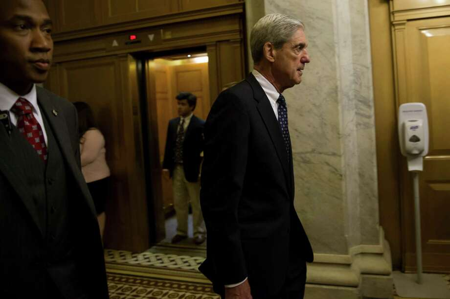 Special Counsel Robert Mueller leaves a meeting with members of the Senate Judiciary Committee in Washington on June 21, 2017. Photo: Bloomberg Photo By Eric Thayer. / © 2017 Bloomberg Finance LP