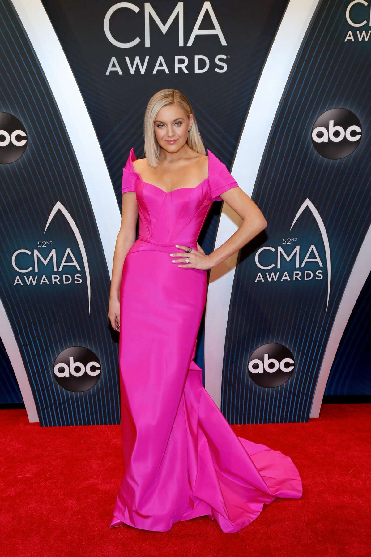 Singer-songwriter Kelsea Ballerini attends the 52nd annual CMA Awards at the Bridgestone Arena on November 14, 2018 in Nashville, Tennessee. (Photo by Terry Wyatt/FilmMagic)