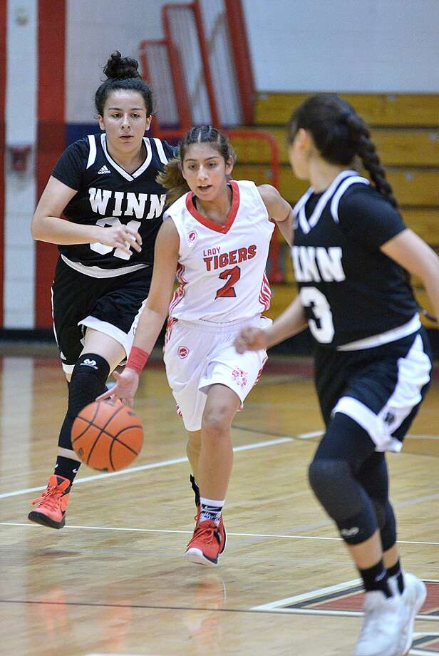 Sylvia Rodriguez was second on the team with five points Wednesday as Martin suffered its fifth straight loss falling 42-32 at home against C.C. Winn. Photo: Cuate Santos /Laredo Morning Times / Laredo Morning Times