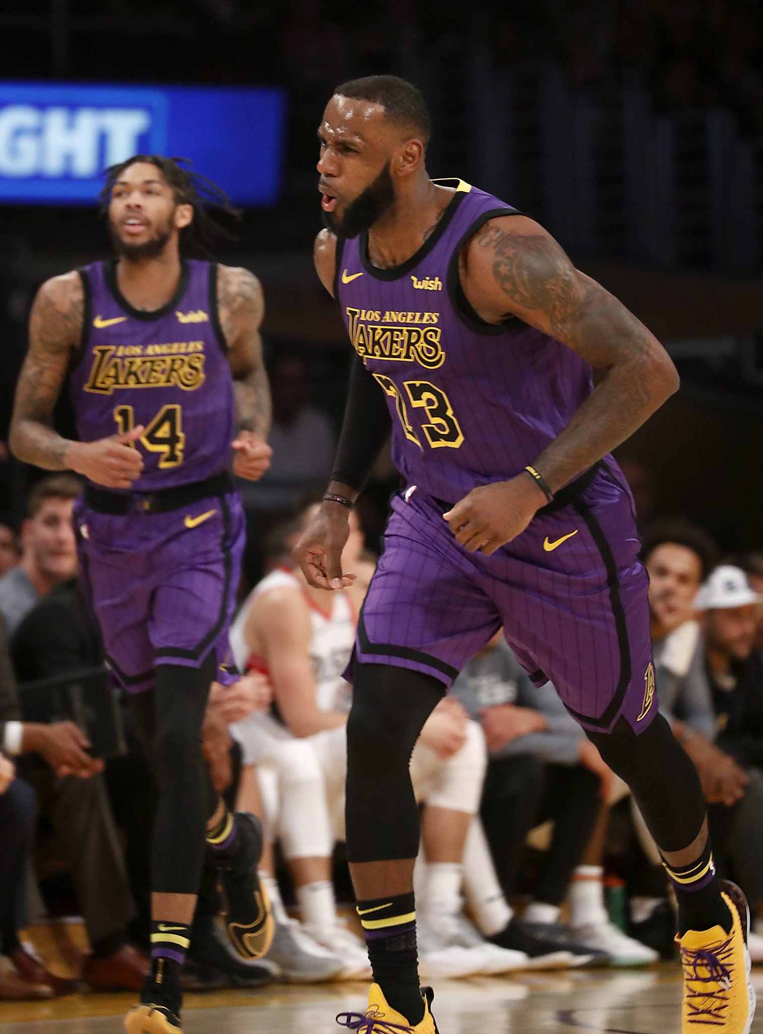 on sale b00b0 284cc LeBron James scores season-high 44 to lead Lakers over Trail Blazers -  SFGate