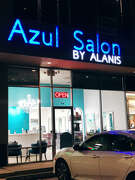 The frontage to Azul Salon by Alanis.