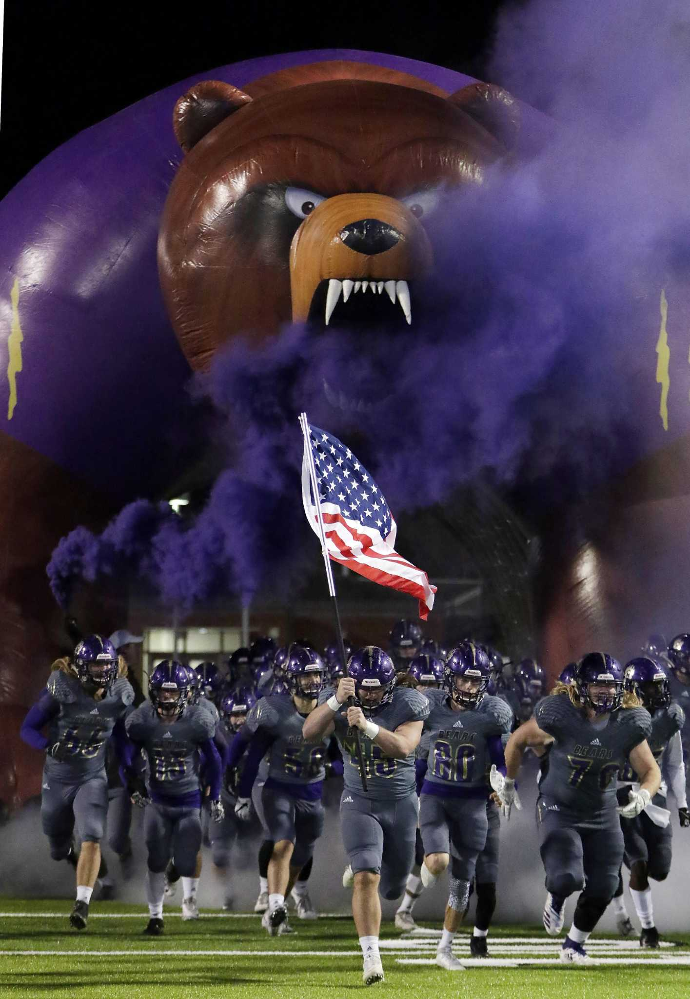 169b3db5264 FOOTBALL  Montgomery County Bi-District Playoff Preview - The Courier