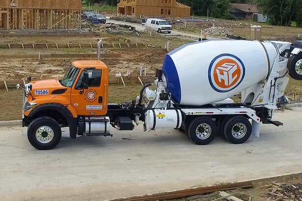 Houston Shell & Concrete serves small contractors and the do-it-yourself market.