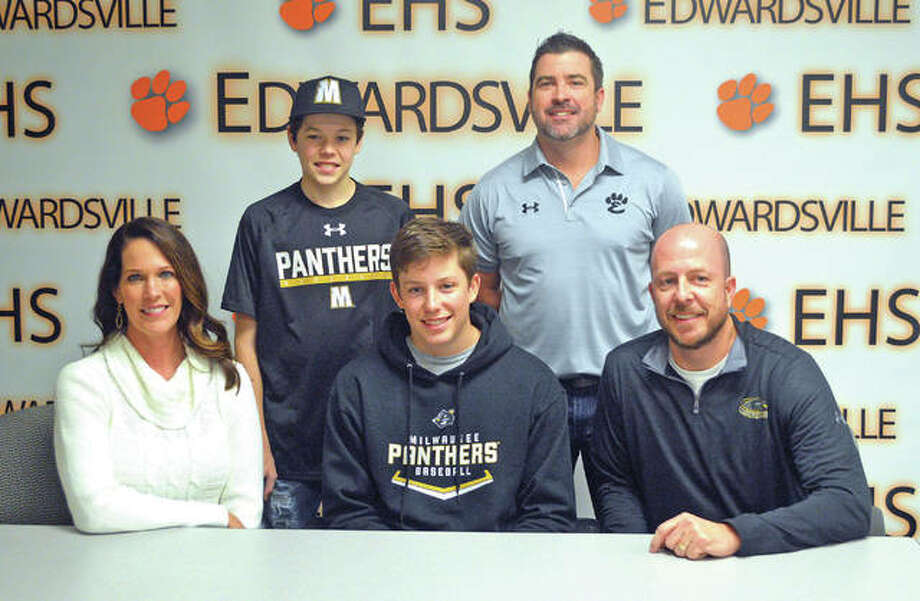Edwardsville senior Matthew Boyer signed to play baseball at the University of Wisconsin-Milwaukee. In the front row, from left to right, are mother Sara Boyer, Matthew Boyer and father Jeff Boyer. In the back row, from left to right, are brother Alex Boyer and EHS coach Tim Funkhouser. Photo: Scott Marion/Intelligencer