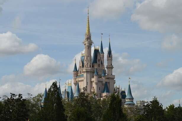 $216 roundtrip from SFO to Orlando for a visit to Disney World this winter?
