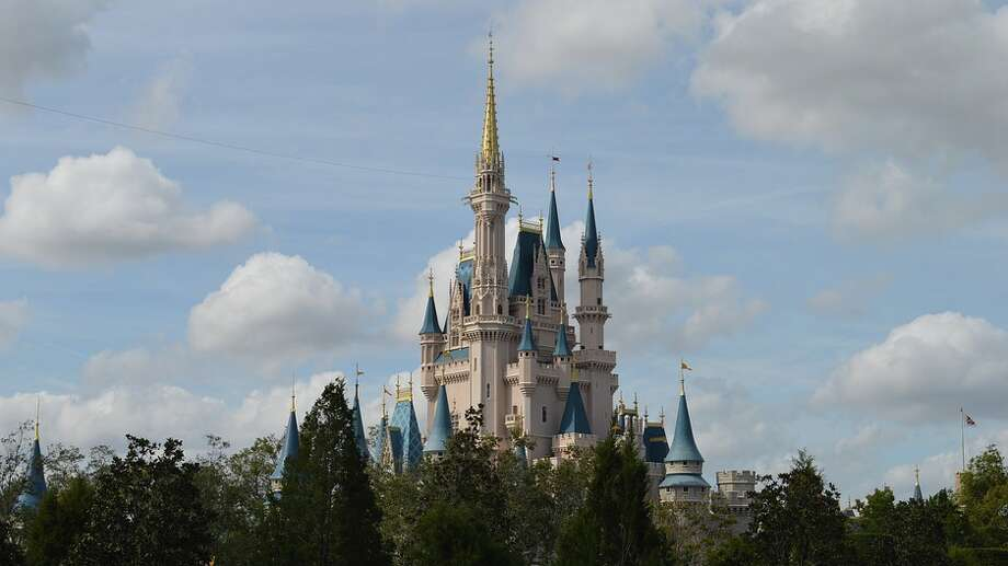 $216 roundtrip from SFO to Orlando for a visit to Disney World this winter? Photo: Pixabay