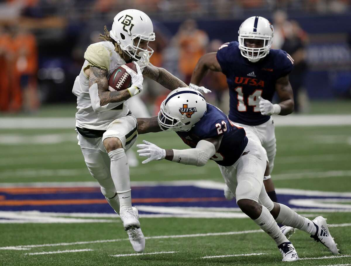 UTSA at Baylor (3 p.m.) Bettling line: Baylor (-26) Under head coach Matt Rhule, many believe the Bears could be a surprise team in the Big 12. And they should have no problem taking down UTSA.