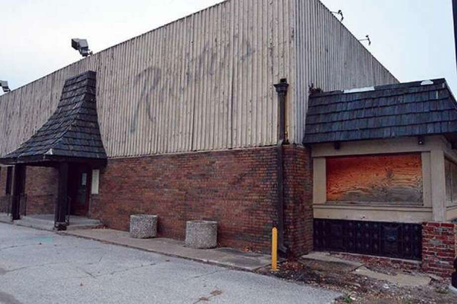 Rusty's Restaurant, located at 1201 N. Main St., where many locals visited for food and drinks. Photo: Matt Kamp | The Intelligencer File Photo