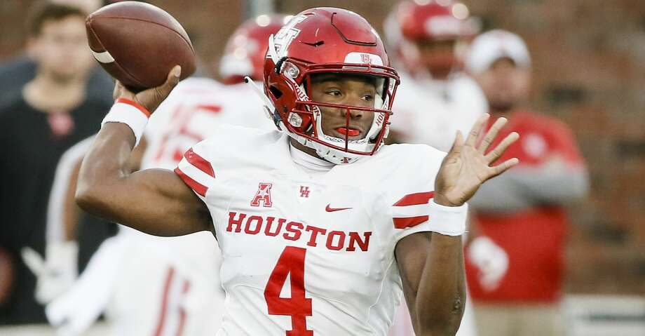 Houston quarterback D'Eriq King (4) throws during the first half of the team's NCAA college football game against SMU, Saturday, Nov. 3, 2018, in Dallas. (AP Photo/Brandon Wade) Photo: Brandon Wade/Associated Press
