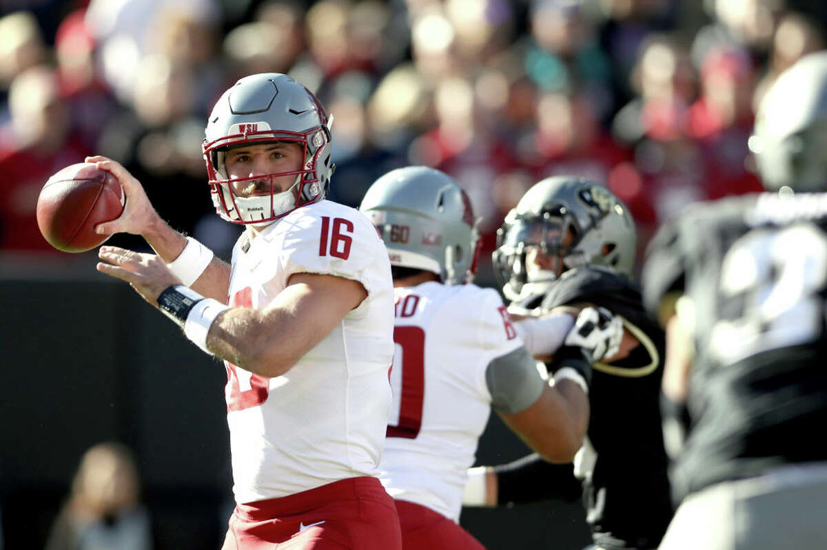 Gardner Minshew vs. Arizona's pass defense If Jake Browning is having a rough year, Gardner Minshew is having the time of his life. Since transferring from East Carolina, the Cougs signal caller has been tearing it up. With two games left in the regular season, Minshew has completed 69.6 percent of his passes for an FBS-leading 3,852 yards. He's also thrown 29 touchdowns to just seven interceptions. While Arizona is middling against the run, their pass defense isn't terrible. If Minshew plays his best though, there's little they can do to stop him. With only three passing scores over the last couple of games, watch for Minshew to be aggressive and take some shots.