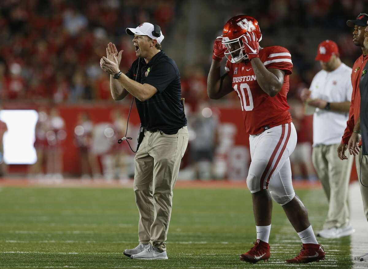 HOUSTON, TX - OCTOBER 04: Head coach Major Applewhite of the Houston Cougars reacts in the fourth quarter against the Tulsa Golden Hurricane at TDECU Stadium on October 4, 2018 in Houston, Texas. (Photo by Tim Warner/Getty Images)