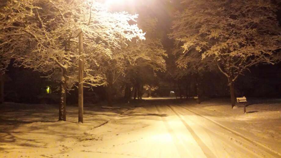 Nighttime scenes in Midland following the first snowfall of the season. Photo: Fred Kelly/fred.kelly@mdn.net