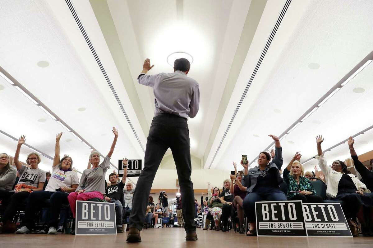 *** BESTPIX *** WACO, TEXAS - OCTOBER 31: U.S. Senate candidate Rep. Beto O'Rourke (D-TX) asks people to raise their hands if they have already voted during a campaign stop at the John Knox Memorial Center at the Texas Ranger Hall of Fame October 31, 2018 in Waco, Texas. With less than a week before Election Day, O'Rourke is driving across the state in his race against incumbent Sen. Ted Cruz (R-TX). (Photo by Chip Somodevilla/Getty Images)