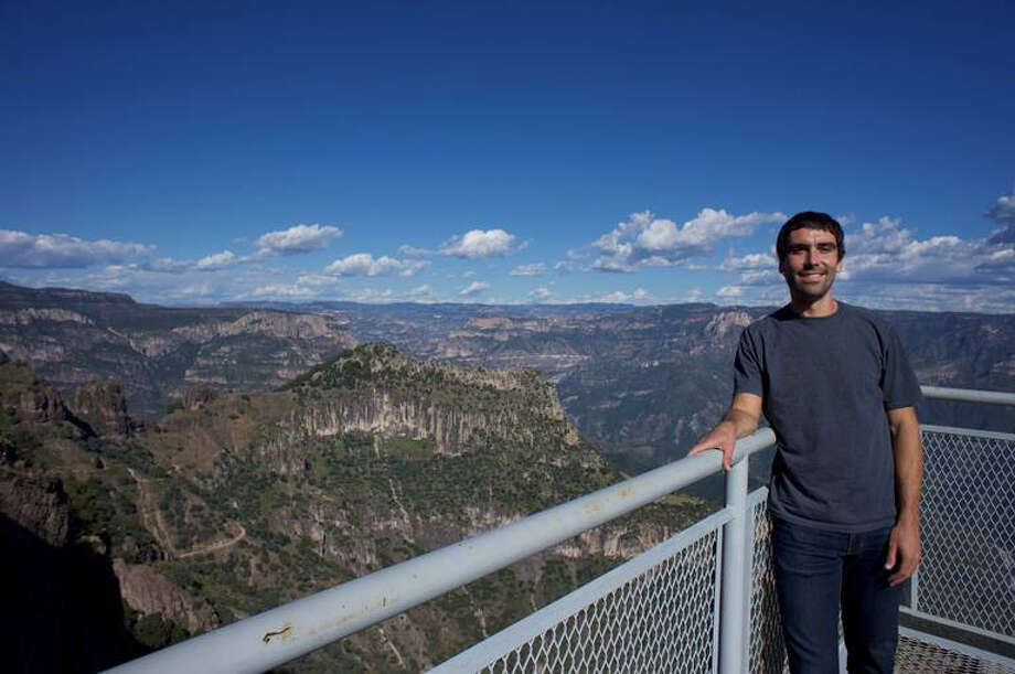 Patrick Braxton-Andrew's family told The Charlotte Observer that he took this selfie in Urique, Mexico, with Copper Canyon in the background. The picture was in his camera that Mexican authorities found in his hotel room, family members told the Observer. (Courtesy of Patrick Braxton-Andrew's family) Photo: Patrick Braxton-Andrew's Family, TNS / Charlotte Observer