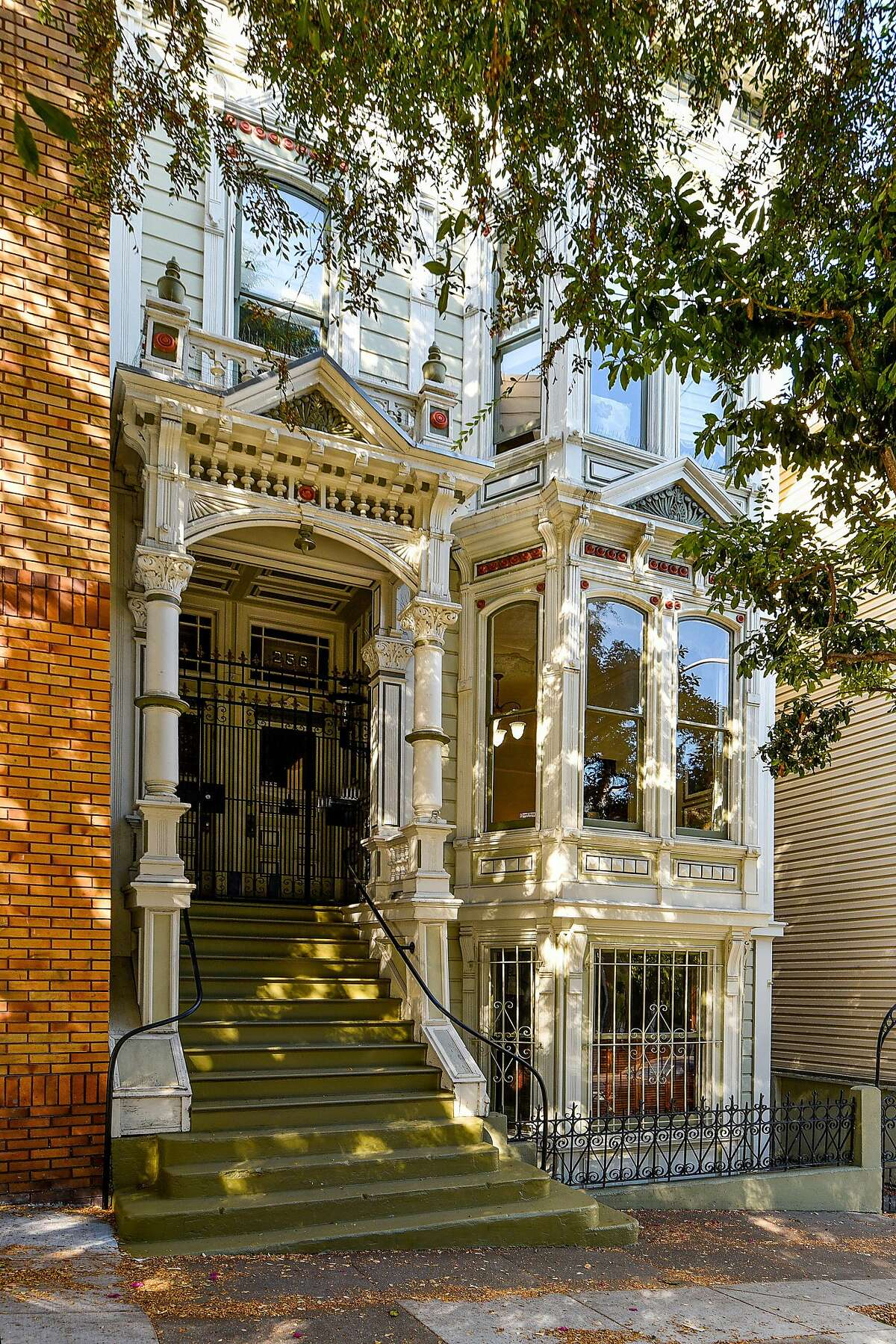 One of many properties in San Francisco that had a recent price cut, this Victorian condo at 256 Page in Hayes Valley was recently reduced by $100,000 to $1,595,000.