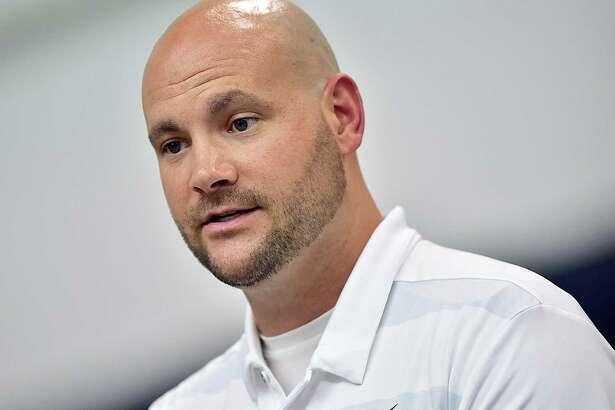 UConn offensive coordinator John Dunn.