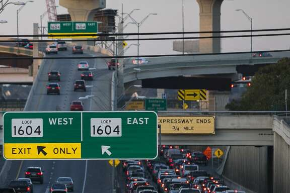 A reader found herself in this U.S. 281 traffic snarl last week. She says it wasn't enjoyable — unlike the reporting of it in the Express-News.