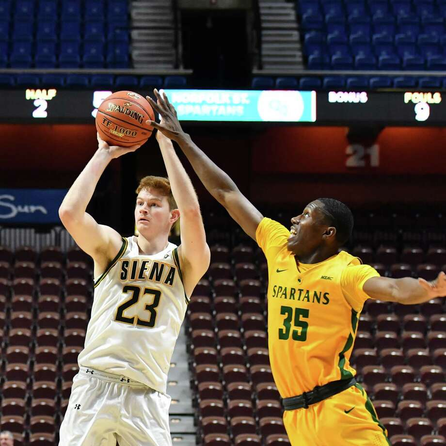 Siena's Sloan Seymour puts up a shot against Norfolk State's Derrik Jamerson Jr. during Siena's 61-58 victory at Mohegan Sun in Uncasville, Conn., on Friday, Nov. 16, 2018. (Eclipse Sports Wire)