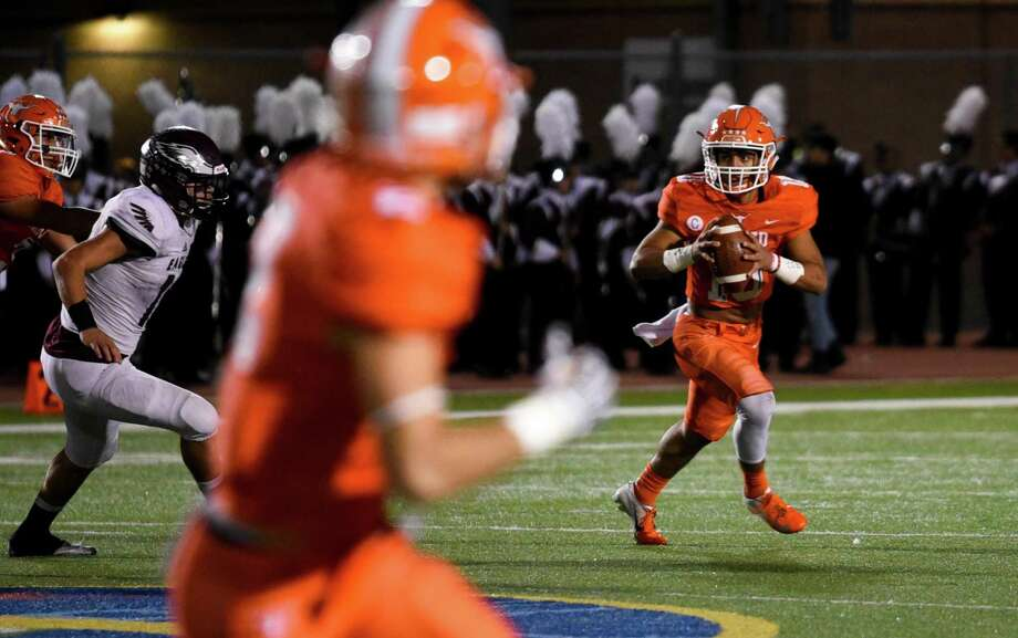Wayo Huerta and United head to San Antonio Friday to face Weslaco in the area round at 4 p.m. at Ferris Stadium. Photo: Danny Zaragoza /Laredo Morning Times