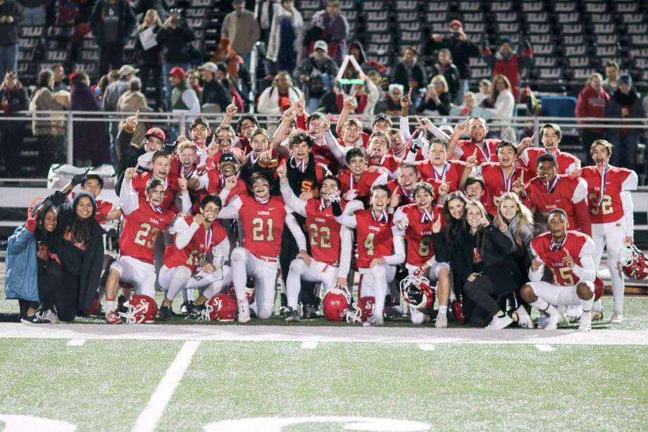 The St. John XXIII football team defeated San Antonio St. Mary's Hall 38-27 for the TAPPS Division V state championship. The Lions finished 10-1, winning their first state football title.