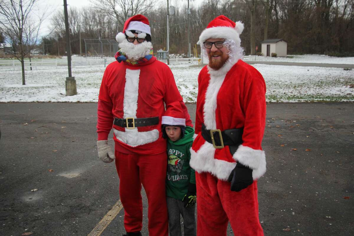 The Sebewaing Spirit of Christmas Festival kicked off this morning with a nice Santa Run through town, followed by the entertaining Christmas parade.