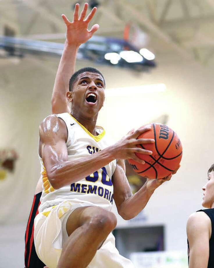 LCCC's Jaquan Adams scored 16 points and led the Trailblazers to a 68-35 victory over the Lindenwood-Belleville junior varsity team Friday night in Belleville. Adams, a 6-2 freshman from Civic Memorial, is shown in action last season for CM. Photo: Telegraph File Photo