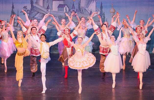 "Quenedit Ballet The students of San Antonio's Quenedit Ballet School are marking the end of the school year with a final performance. The students, led by directors Catalina Garza and Ernesto Quenedit, previously put on a version of ""The Nutcracker"" in December. 7-9 p.m. Saturday, Lila Cockrell Theatre, 900 E. Market St. 210-535-4165, queneditdance.org Polly Anna Rocha Photo: Love Preserved Photography"