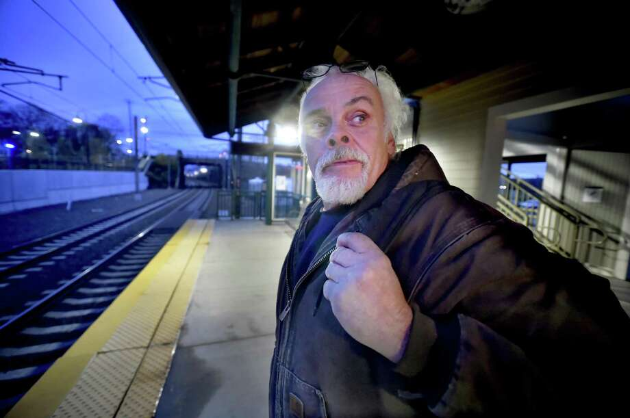 shore line east rail riders growing weary of taking the bus new