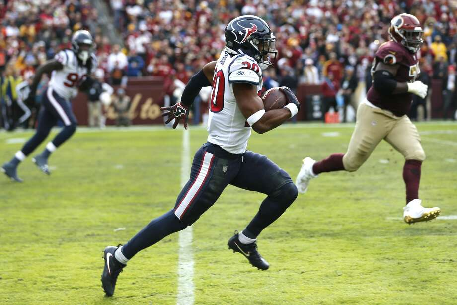 Houston Texans strong safety Justin Reid (20) runs the ball out of the end 408220b990a5e